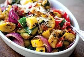 Emincé de dinde à l'estragon poêlée de légumes et quinoa au pesto diététique mardi