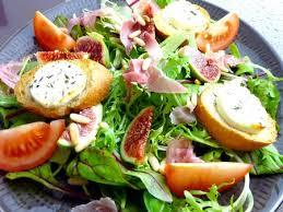 Salade de chèvre rôti au miel,poires et lardons salade mercredi
