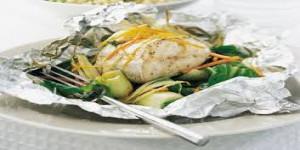 Papillotte de poisson des îles diététique vendredi